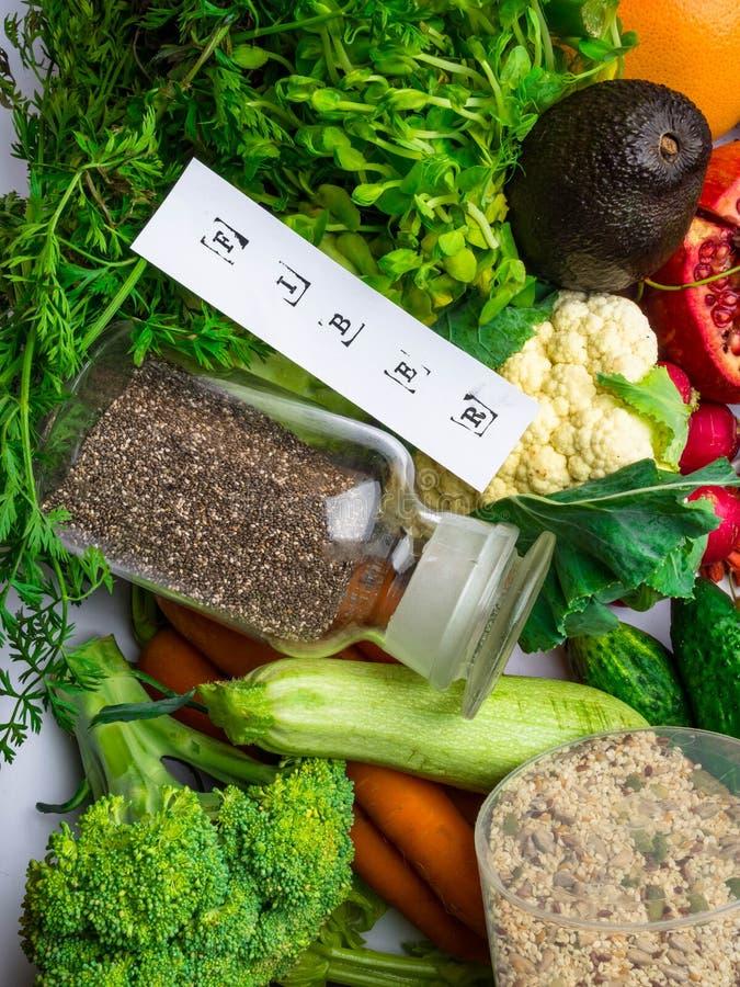 Nahrungsmittel reich in der Faser und in den Antioxydantien Gesundes Essenkonzept lizenzfreies stockfoto