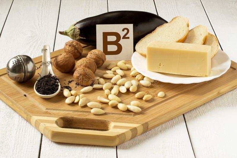 Nahrungsmittel reich im Vitamin B2 lizenzfreies stockbild