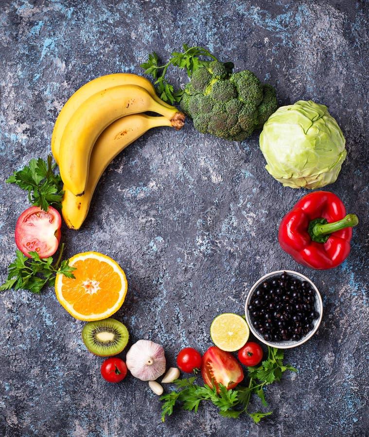 Nahrungsmittel reich im Vitamin C Gesundes Essen lizenzfreies stockfoto