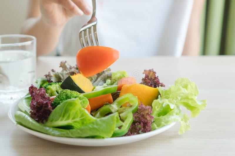 Nahrungsmittelmenü für diätetische Leute stockfotos