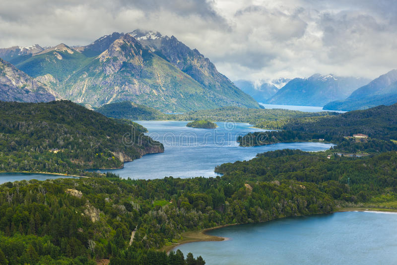 Nahuel Huapi park narodowy od Cerro Campanario blisko Bariloche, Argentyna obraz stock