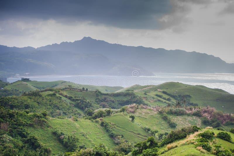 Download Naidi Hlls, Batanes, Filippijnen Stock Foto - Afbeelding bestaande uit landschap, weid: 107708582