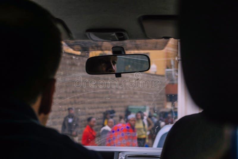 Nairobi, Kenia - 14. September 2017: Autofahren durch Nairobi stockfoto