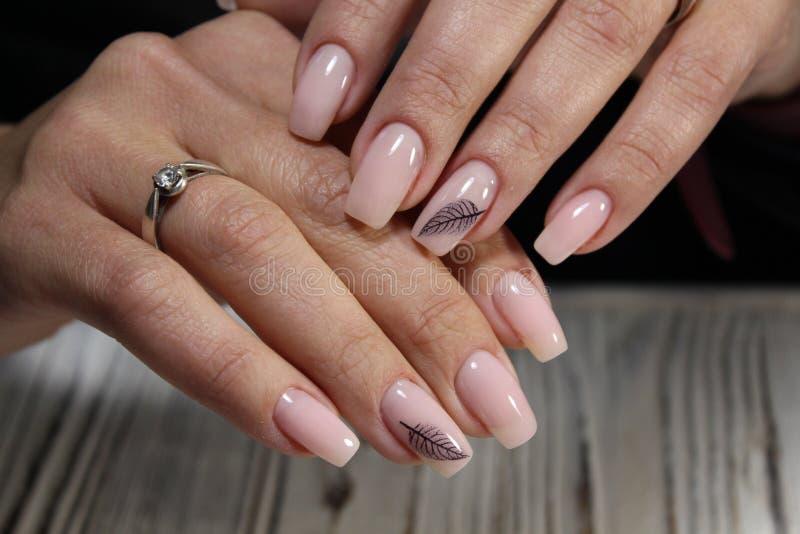 najlepszy menchia manicure zdjęcie royalty free