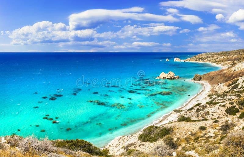 Najlepszy plaże Cypr wyspa - Petra tou Romiou, sławne jako miejsce narodzin Aphrodite zdjęcie royalty free