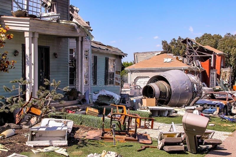 Najważniejsi studia Obrazują Zniszczonego budynek po katastrofy samolotu sceny Los Angeles, Hollywood obrazy stock