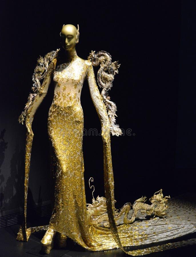 Najwięcej Luksusowego Ręcznie robiony kostiumu ilustracja wektor