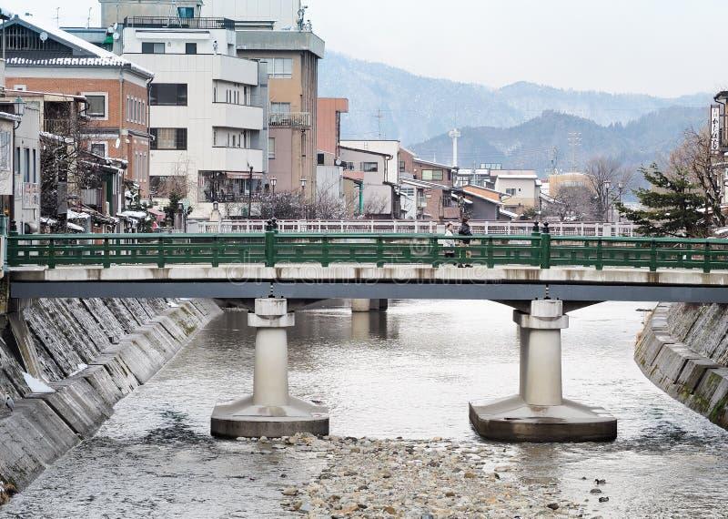Nakabashi bro av Hida-Takayama den gamla staden i den Chubu regionen royaltyfria foton