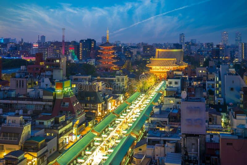 nakamise dori和sensoji鸟瞰图在东京 免版税库存图片