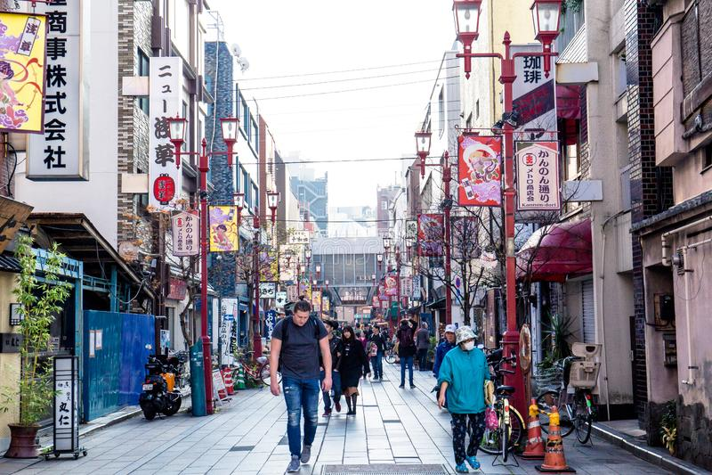Nakamise het winkelen straat royalty-vrije stock afbeeldingen