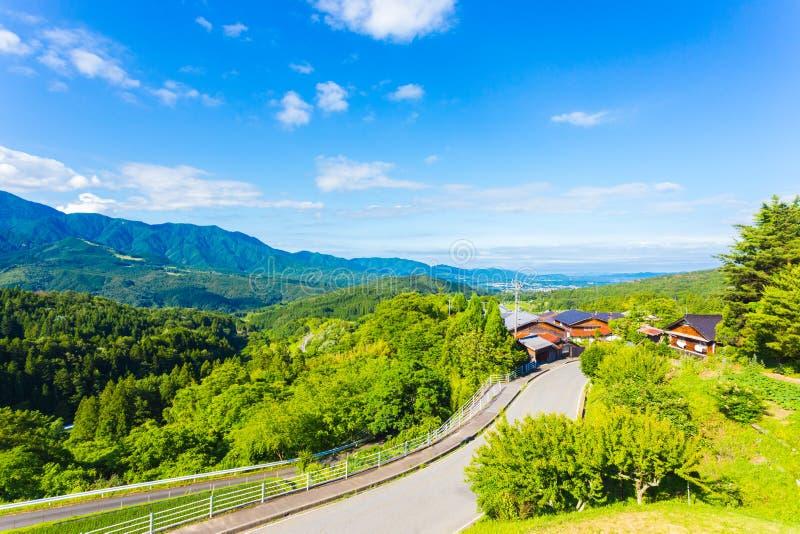 Nakasendo Magome que pasa por alto el valle Japón de Kiso fotos de archivo
