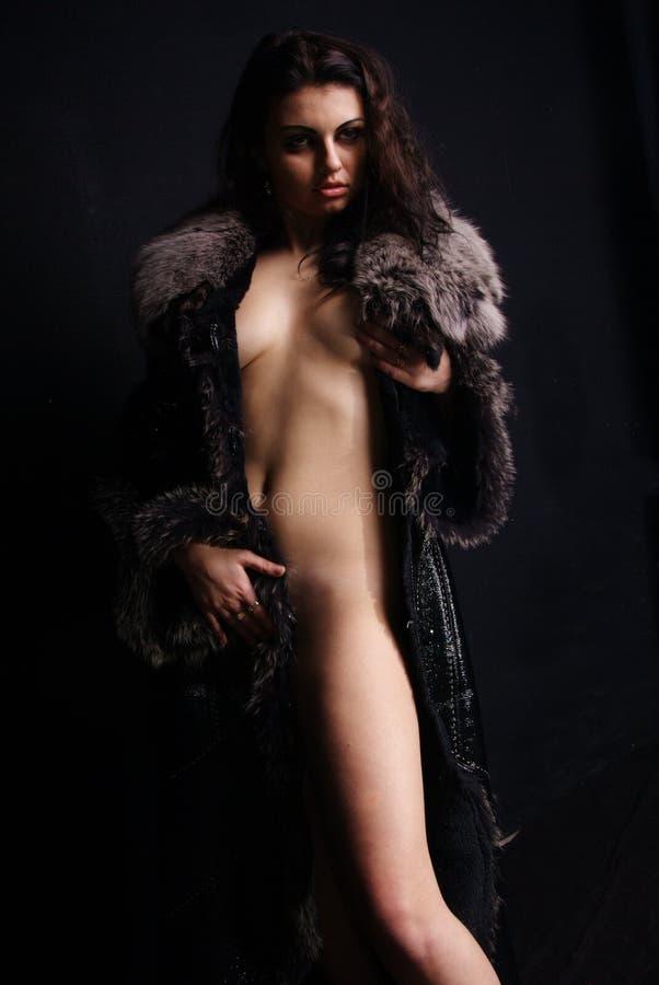 Jennifer lopez modeling nude