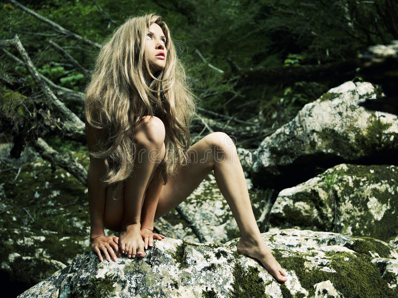 Nude girls in jungles — pic 15