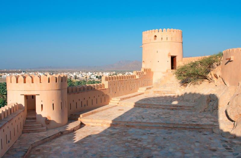 Nakhal fort i Oman. royaltyfria foton