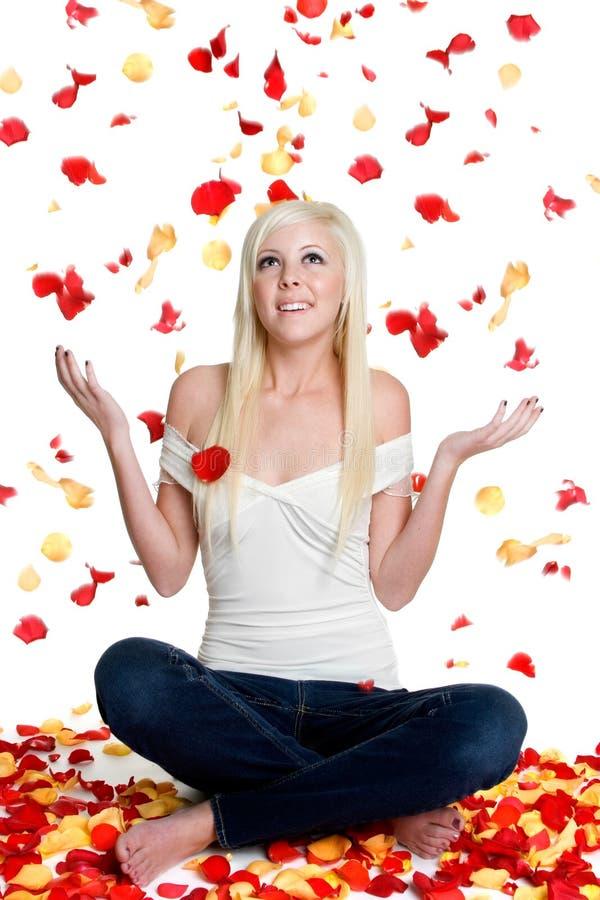 Nam de Vrouw van Bloemblaadjes toe stock fotografie