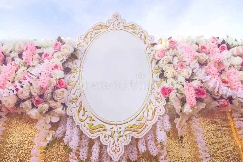 Nam decoratie van de de bloemenachtergrond van het stoffen de kunstmatige huwelijk toe stock foto