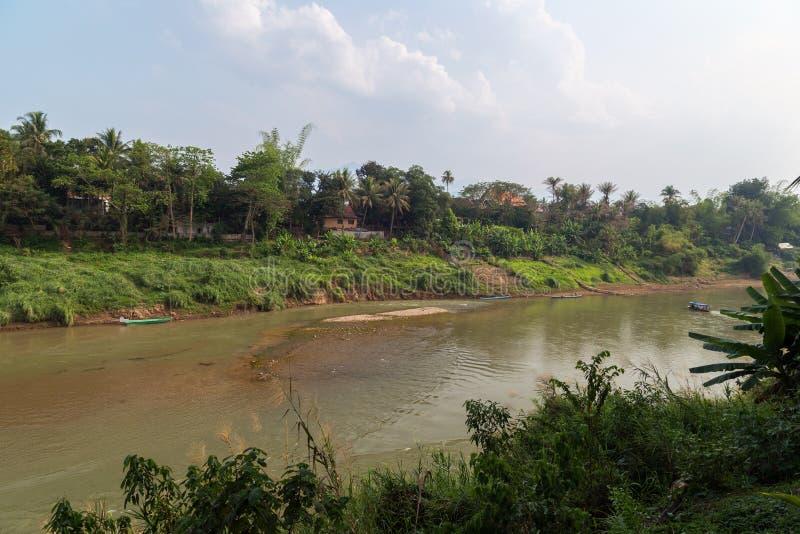 Nam Khan River in Luang Prabang immagini stock