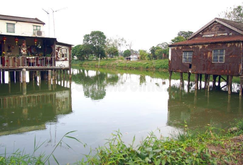 Nam Sang Wai Fishing Village perto da lagoa imagens de stock