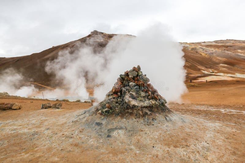 Namafjall geotermiczny teren w Iceland fotografia stock