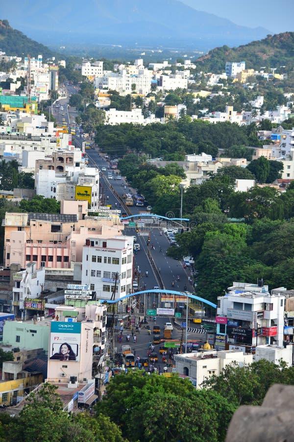 Namakkal, Tamilnadu - India - 17 ottobre 2018: Vista della città di Namakkal dal poggio immagini stock