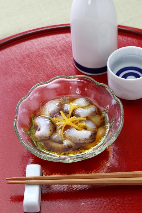 Namako vinegared japonês do pepino de mar nenhum sunomono foto de stock royalty free