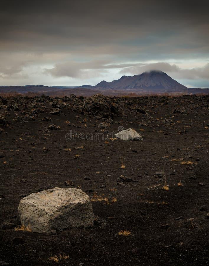 Namaskard geothermisch actief vulkanisch gebied stock afbeeldingen
