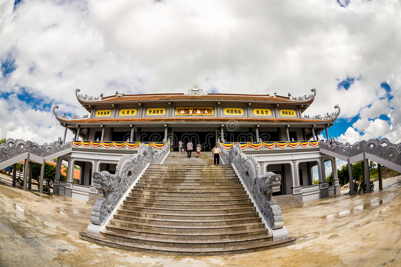 NAMDINH, VIETNAM - SEPTEMBER 2, 2014 - Main Pagoda in Truc Lam Thien Truong. royalty free stock photography