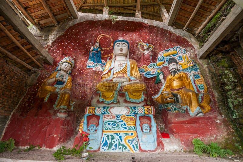 Namenloser Tempel geschnitzter Buddha lizenzfreie stockfotos