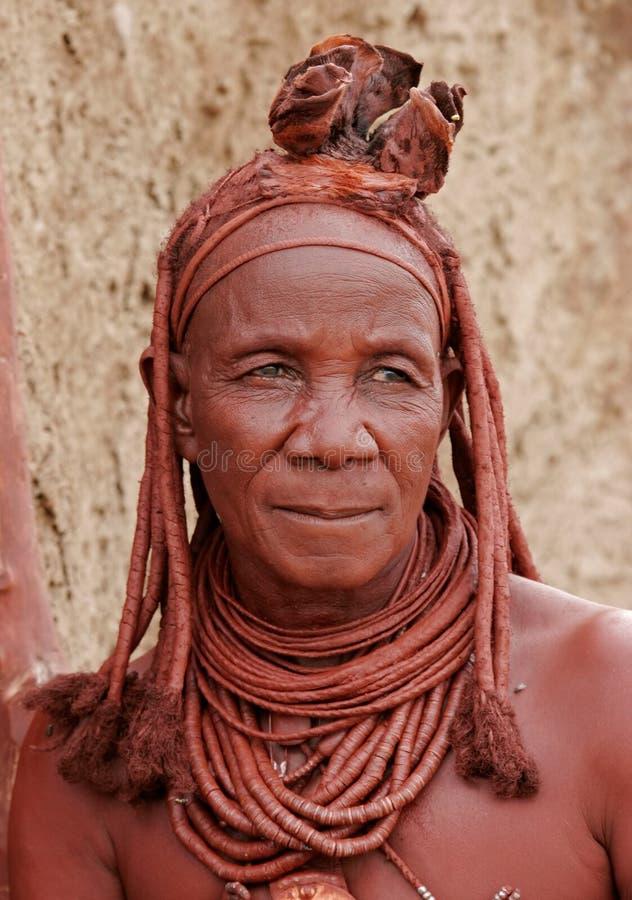 Namibia kaokoland himba starsza kobieta fotografia stock