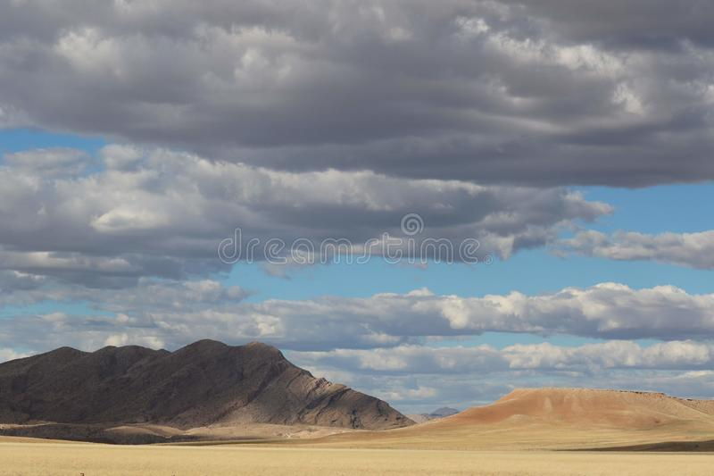 Namibische Wüste in Namibia lizenzfreies stockfoto