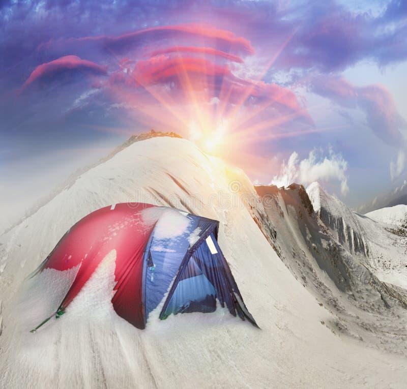 Namiot po burzy zdjęcia stock