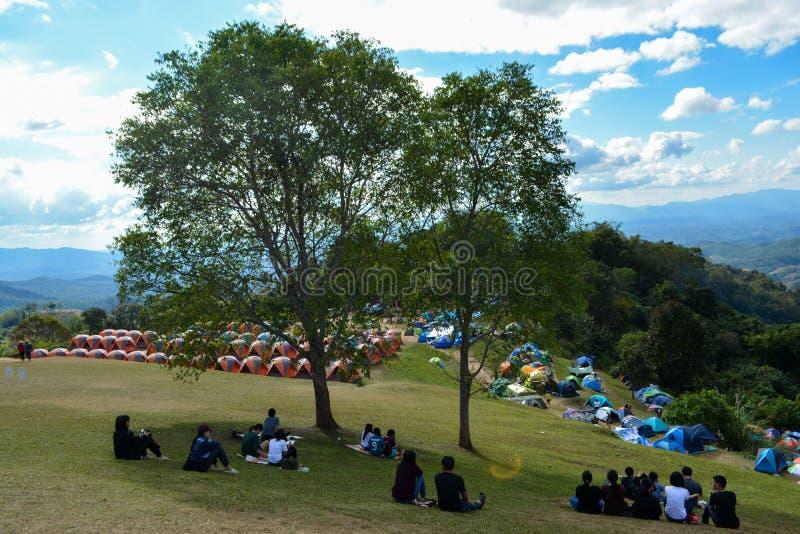 Namiot przy Nan górą 360 stopni widok zdjęcie royalty free