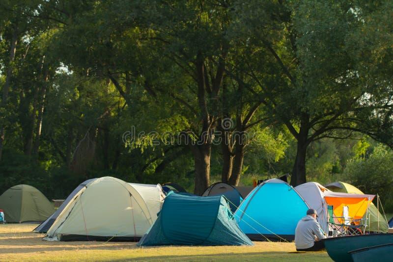 namioty turystycznych zdjęcie royalty free