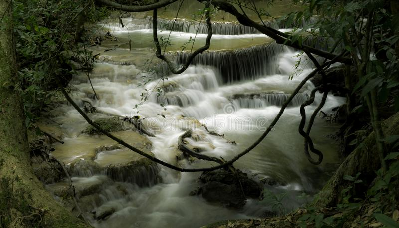 Namtok Huai Mae Khamin Waterfall royalty-vrije stock afbeelding