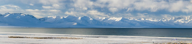 Namtso湖全景在西藏 库存图片