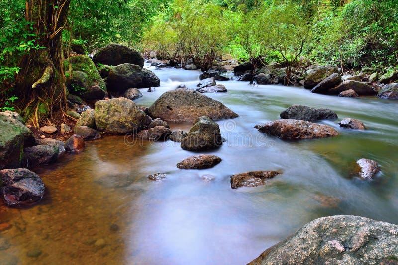 Nang-rong Wasserfall, Thailand stockbilder