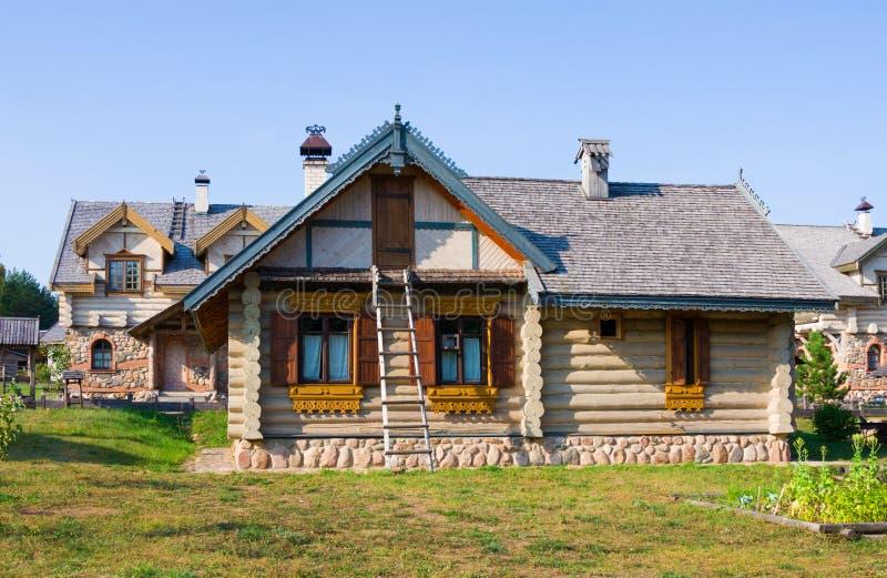 Nanosy-Novoselye complesso etnoculturale È complesso storico della ricreazione, che gli rende la posizione fotografie stock libere da diritti