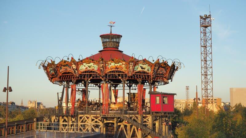 Nantes, Francia Il carosello del parco di divertimenti di Marine Worlds fotografia stock