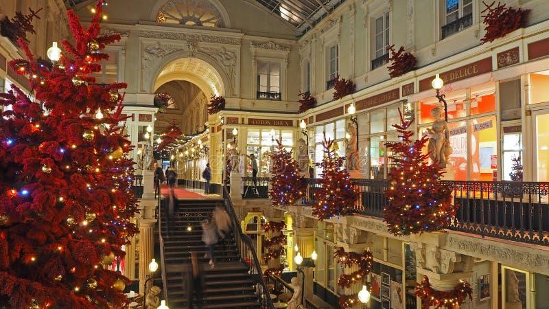 Nantes, Francia Il centro commerciale Pommeraye durante il tempo di Natale fotografie stock libere da diritti