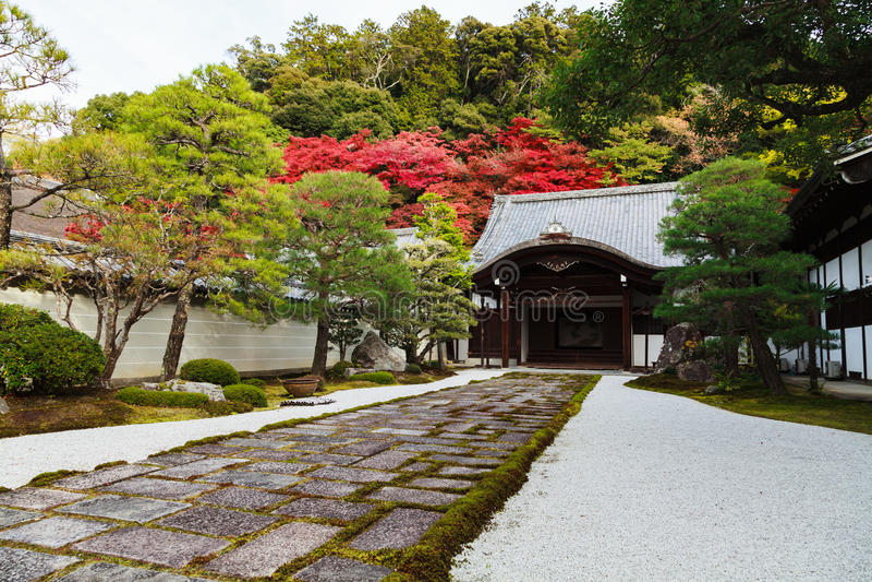Nanzenji-Tempel im Herbst, Kyoto, Japan lizenzfreie stockfotografie