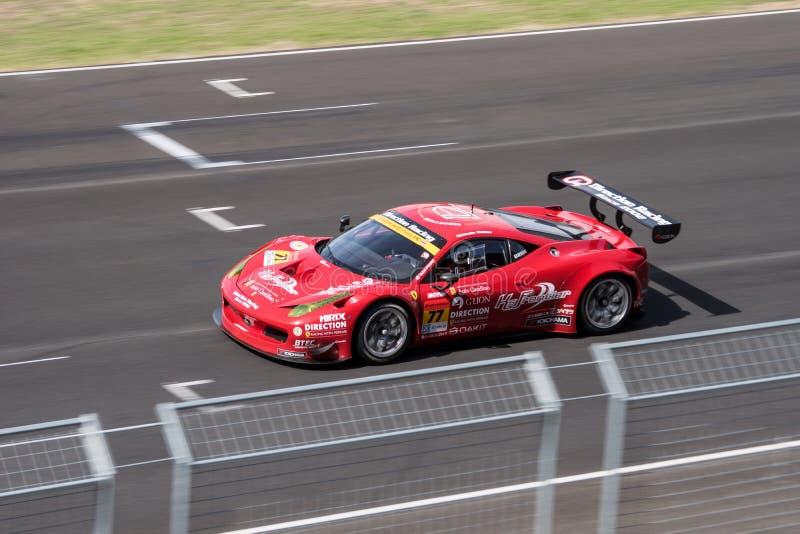 Naoki Yokomizo die van Richting in Super Definitieve Race 66 van GT Overlapping rennen royalty-vrije stock fotografie