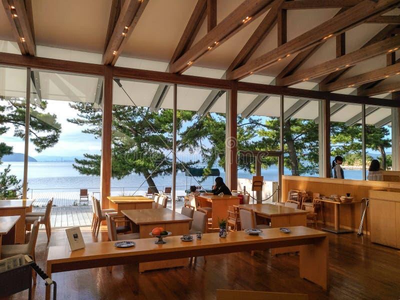 Naoshima, Giappone 12 agosto 2017: Il Benesse Art Museum immagine stock