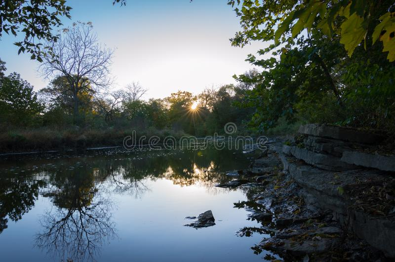 Naperville Illinois Rocky River Sunrise imagens de stock
