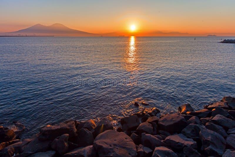 Naples, coucher du soleil photos libres de droits