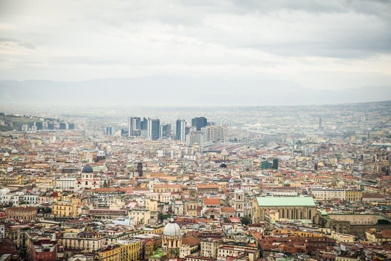 Naples, Italie - 30 novembre 2017 : Vue panoramique de l'Italien photos stock