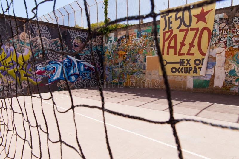 Naples juridiskt psykiatriskt sjukhus för murales arkivfoton