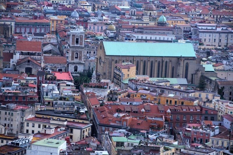 Download Naples pejzaż miejski zdjęcie stock. Obraz złożonej z architektury - 106920832
