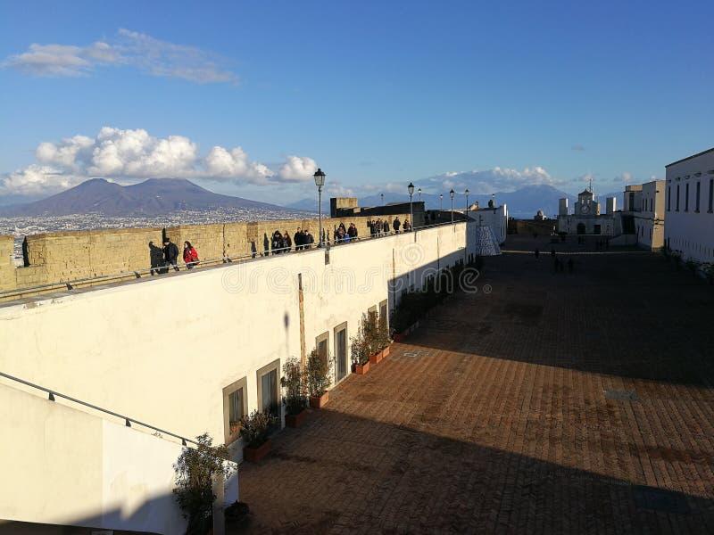 Naples - promenades panoramiques en ` Elmo de Castel Sant photographie stock