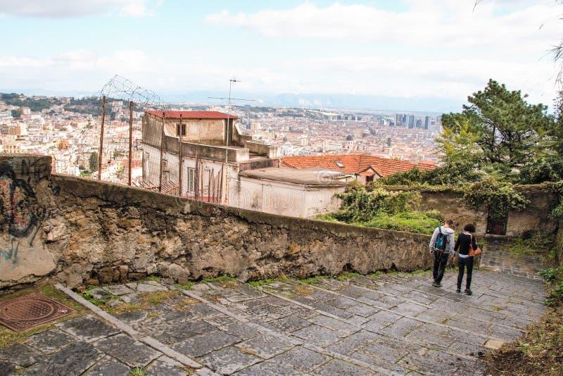 Download Naples starzy schodki obraz stock editorial. Obraz złożonej z malowniczy - 106921044