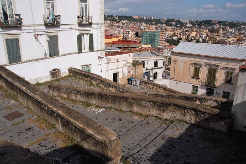 Download Naples starzy schodki zdjęcie stock. Obraz złożonej z pogodny - 106921188